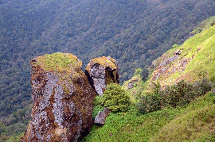 Pha-Ngam Noi rock out crop